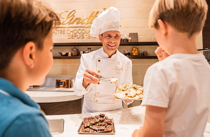 Eine Auswahl an individuellen Schokoladentafel-Kreationen